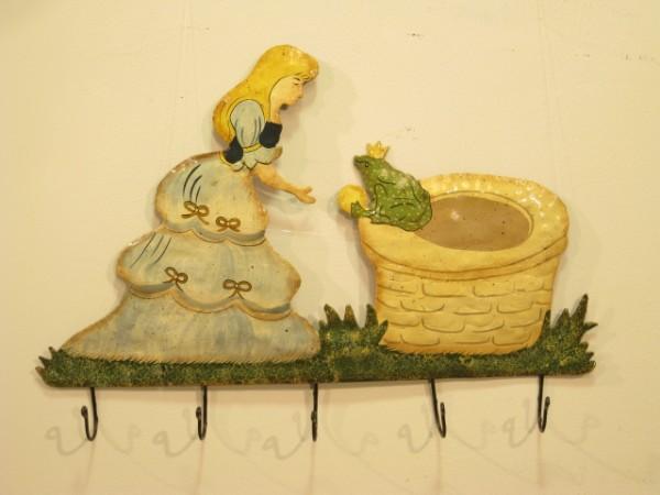 Kindergarderobe Eisen (Der Froschkönig)